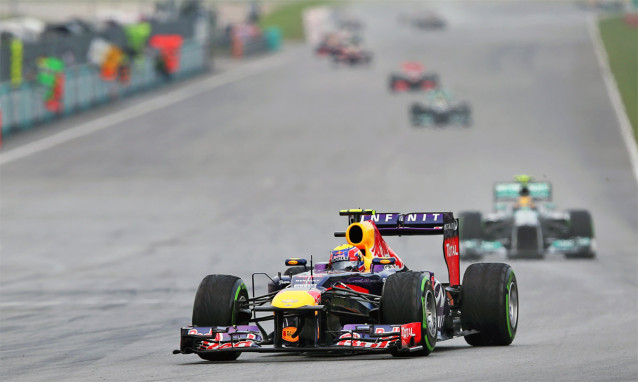 Red Bulls Mark Webber i ledning. (Foto: Red Bull Racing/Mark Thompson)