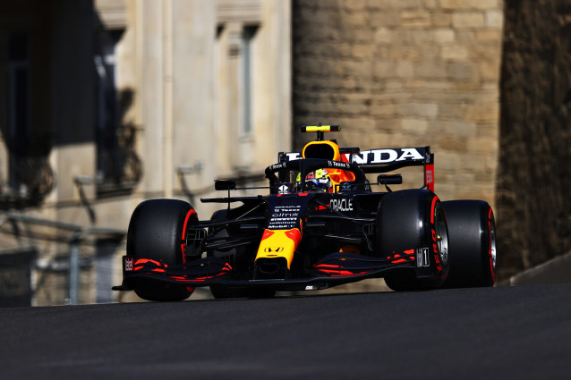 Red Bull very strong in Baku while Mercedes has worst Friday in a long time